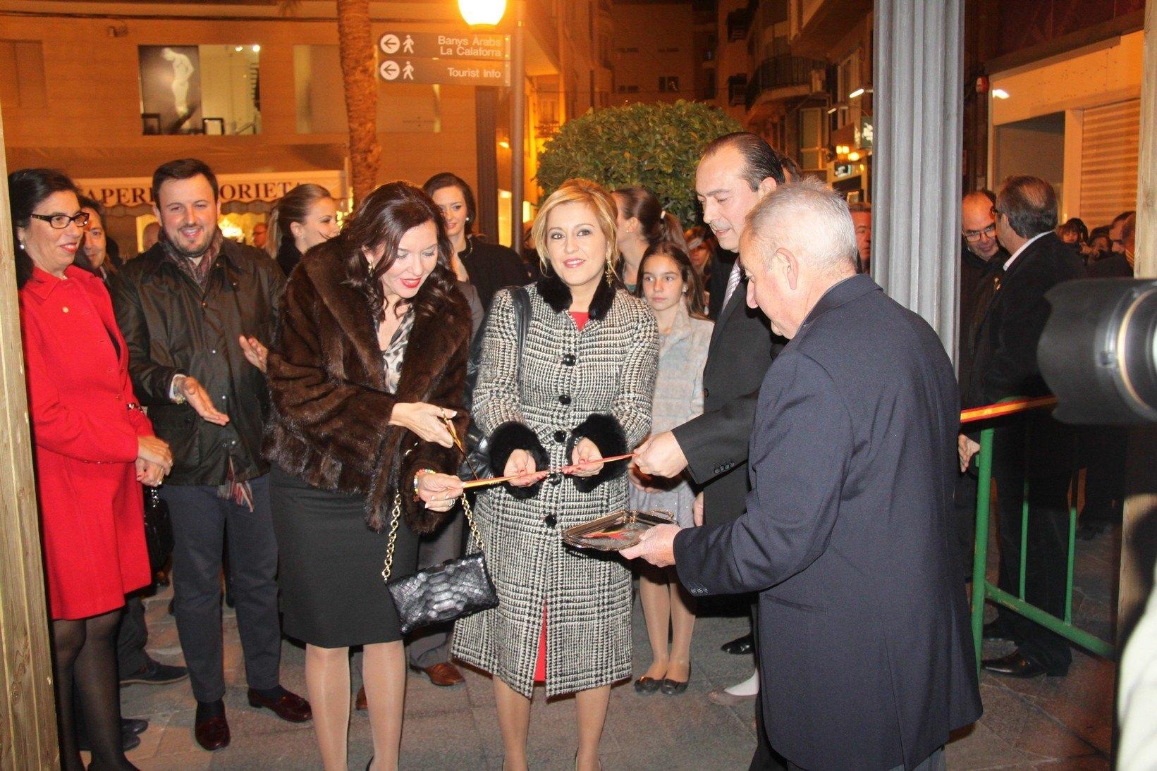 Inaugurado el belén de la Glorieta 2014